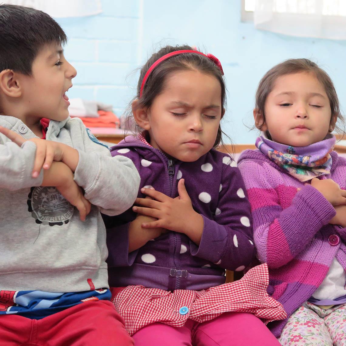 Niños y niñas expresan sus emociones en jardín Las Campanitas