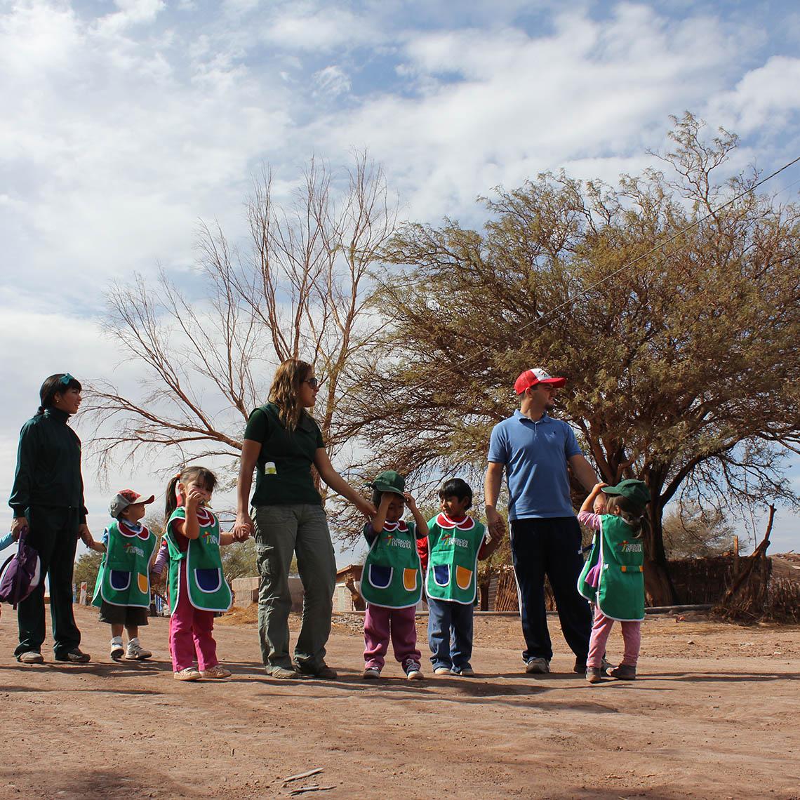 Niños participan en Jardín Infantil sobre ruedas - Modalidad no convencional