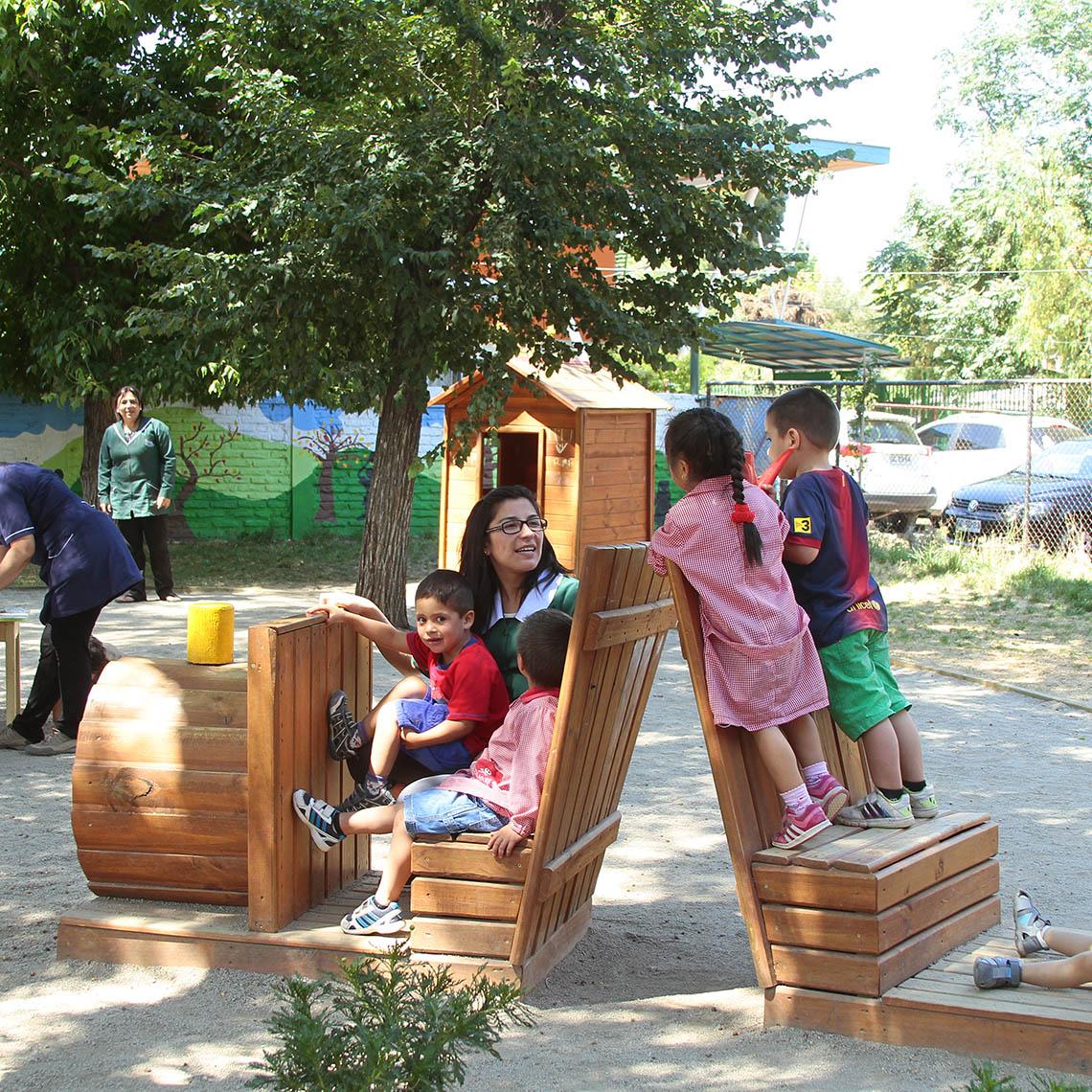 Niños y niñas disfrutan de sus Vacaciones en mi Jardín - Modalidad no convencional