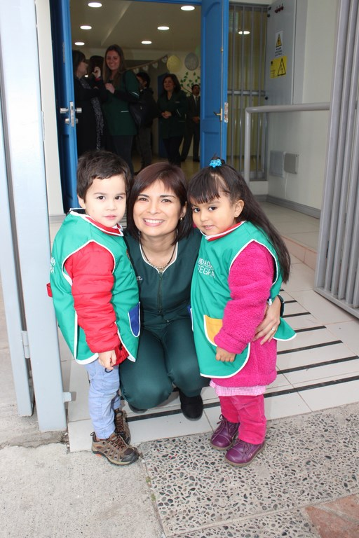 Inauguración de sala cuna para madres adolescentes