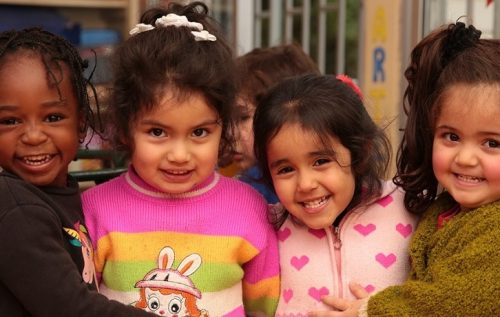 Los niños y niñas no discriminan