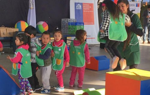 Jardines infantiles Integra y Junji reciben set de motricidad