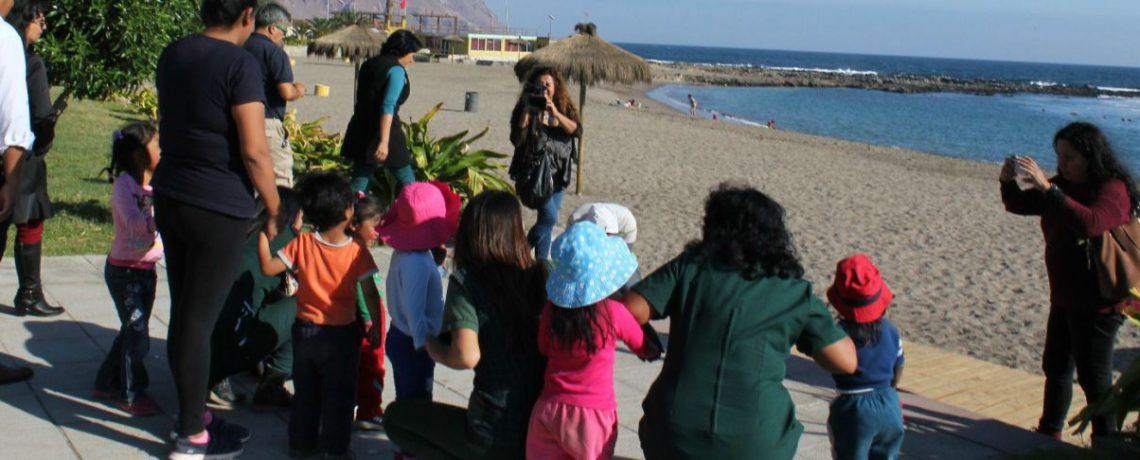 Niños y niñas Aymara viajan 300 km para conocer el mar