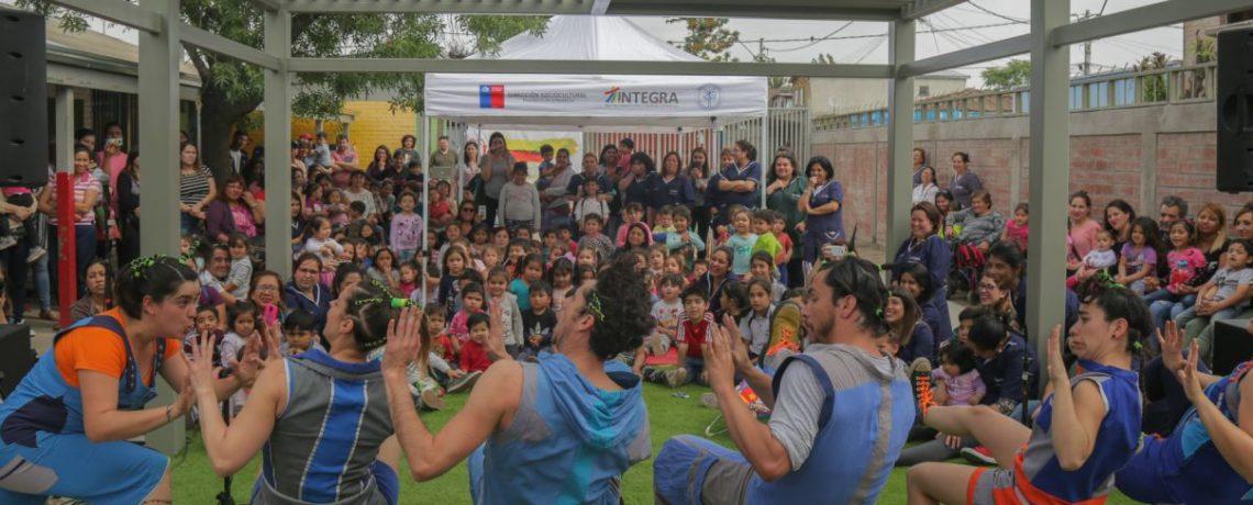"""Grupo de percusión """"Los Fi"""" llena  de ritmo y alegría jardín de San Joaquín"""