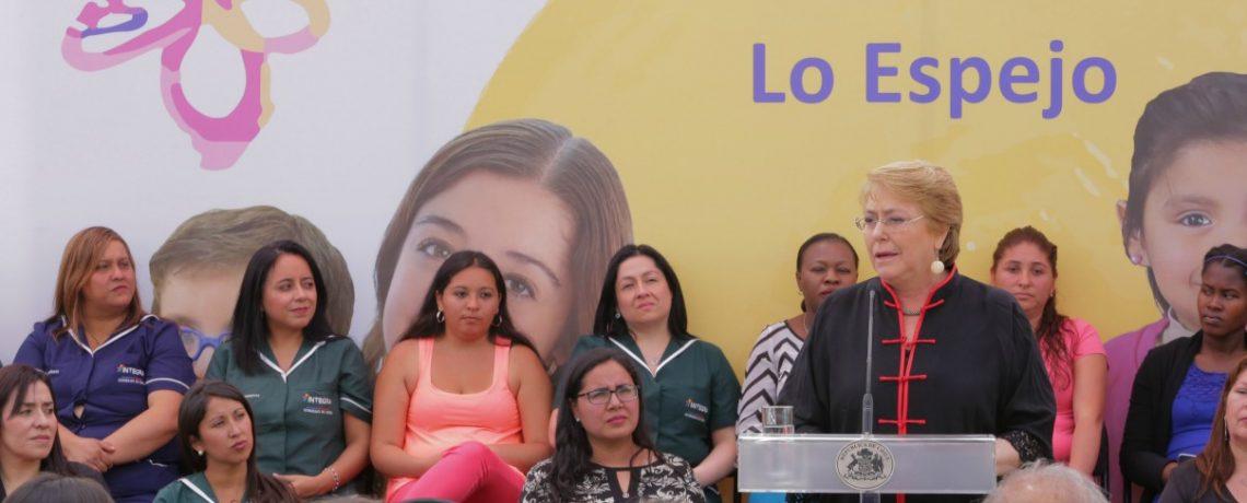 Presidenta Bachelet inaugura jardín infantil Integra en Lo Espejo