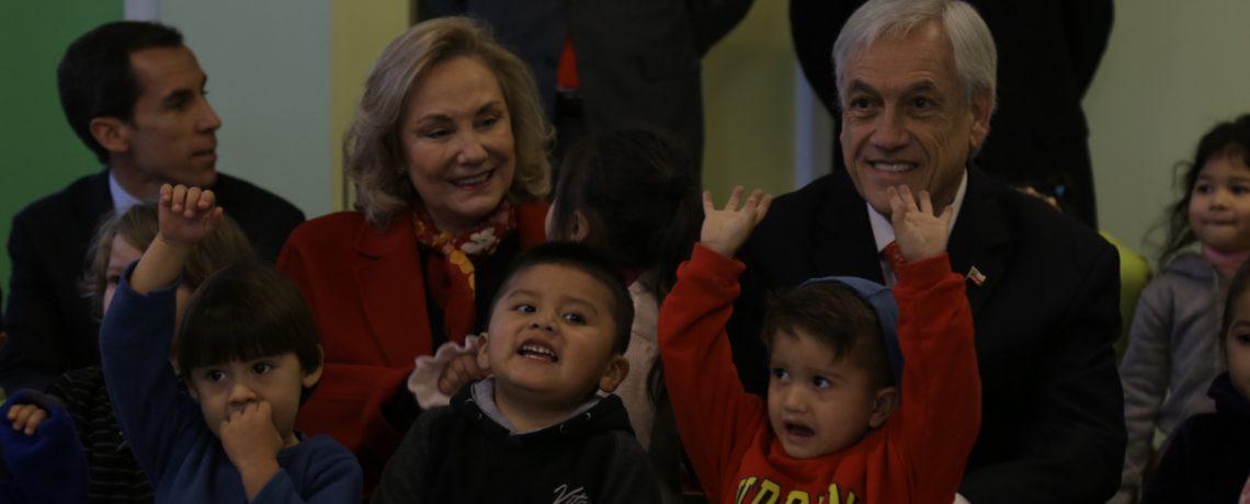 Presidente y Primera Dama inauguran nuevo jardín infantil Integra en el centro de Santiago