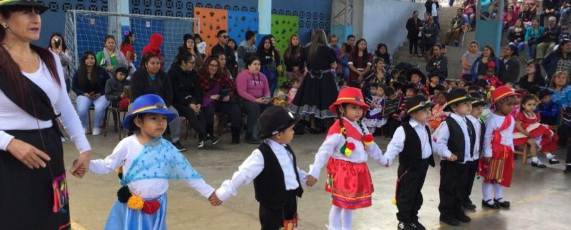 Párvulos celebran Fiestas Patrias con gala folclórica
