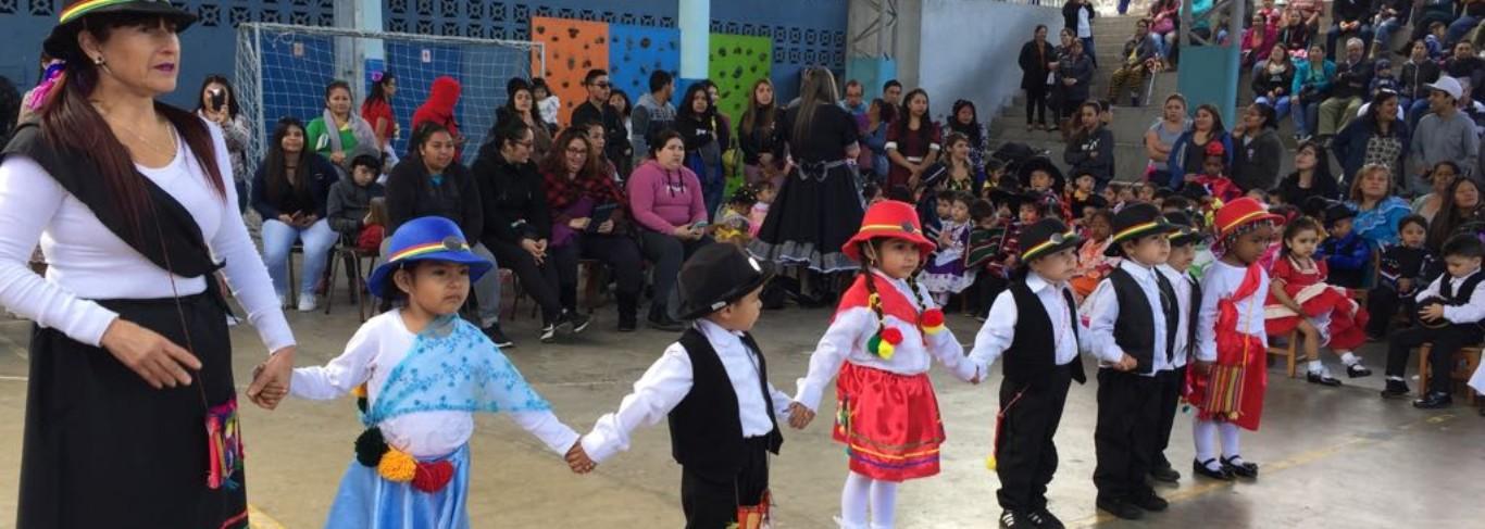 Niños en Antofagasta celebran Fiestas Patrias con gala folclórica