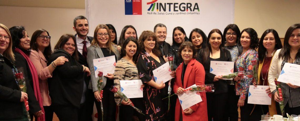 Más de 1000 directoras de jardines y profesionales finalizaron Diplomado de Liderazgo