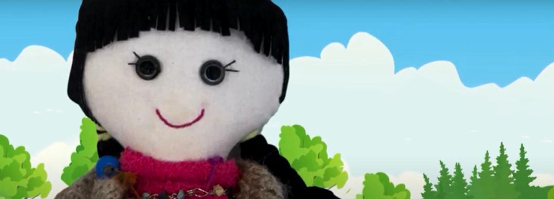 Lucy, una muñeca inspirada en la infancia de Gabriela Mistral