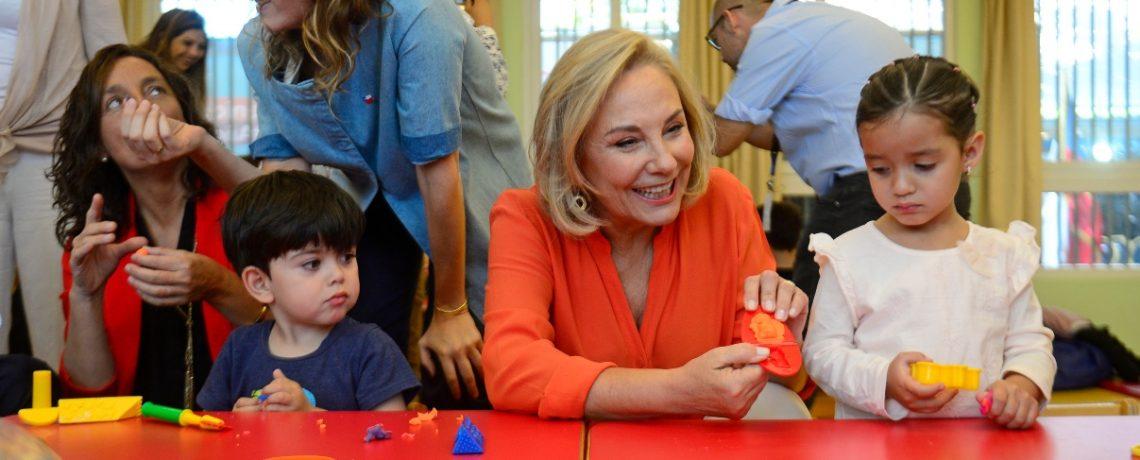 Primera Dama lanza colección de 10 cuentos infantiles clásicos
